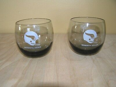 Vintage Minnesota Vikings Drinking Glasses from gas station promotion. Set of 2