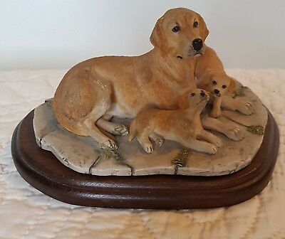 Border Fine Arts Large Figurine on Stand  -  Labrador and Puppies