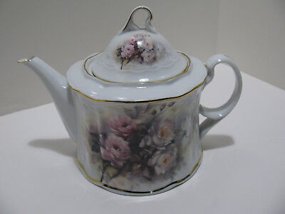 """Porcelain Treasures Designed by Betty Platner Hand Decorated """"Roses"""" Teapot"""