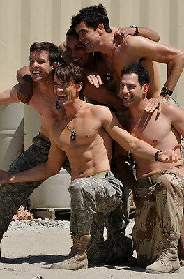 Shirtless Male Military Hunks Group Pose Hot Army Guys Muscular PHOTO 4X6 P2093