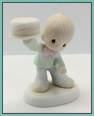 1986 Vintage Precious Moments THIS IS THE DAY THE LORD HAS MADE Figure 12157
