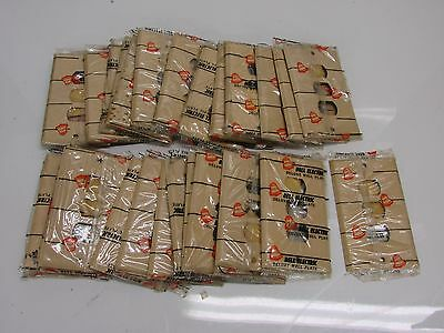 Nos! (29) Bell Interchange 1-Gang Ivory Crackle Wall Plate, Horizontal, 3-Hole