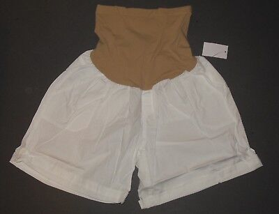 White Maternity Shorts NWT M Cuffed Secret Fit Belly Motherhood Oh Baby