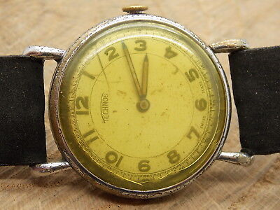 Vintage 1940s or 1950s Technos 15 rubis Jewel mechanical wind up wrist watch
