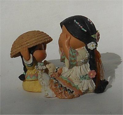 1997 Enesco Friends of the Feather She Who Plays Well With Others Peek A Boo
