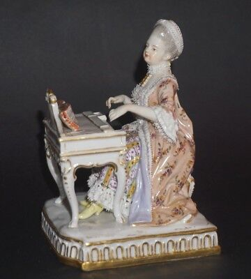 Fine Antique German Meissen Porcelain Figurine Figure Piano Player Lady Beauty