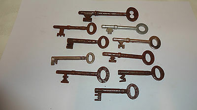 Antique/Vintage Job Lot/Collection Of 10 Large Door Padlock Church Keys Lot 5