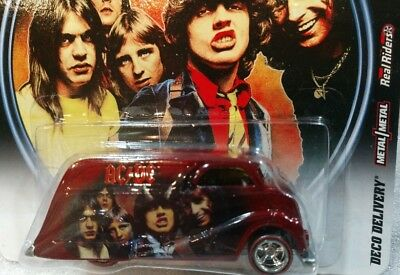 2011 Hot Wheels Pop Culture * AC/DC * DECO DELIVERY Red Nostalgia Malcolm Young