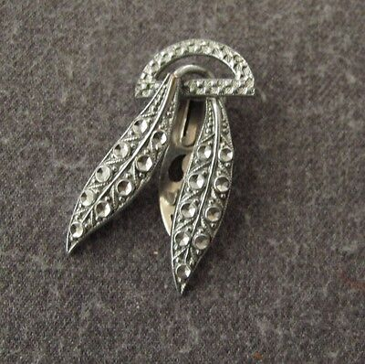 Antique 1920's Art Deco Flapped Chromed Metal Leaves Brooch Clip Pin