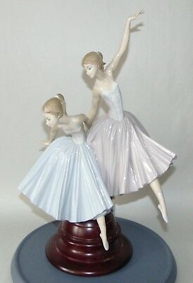 Retired LLADRO Figurine MERRY BALLET 5035 On Base PERFECT! Ballerina