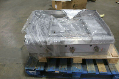 CPG G36T 36 in Nat. Gas 90,000 BTU Counter Griddle w/ Therstatic Controls