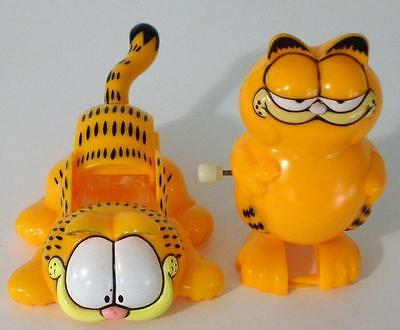 Collectible Garfield Wind-Up Walker And Magnifying Glass