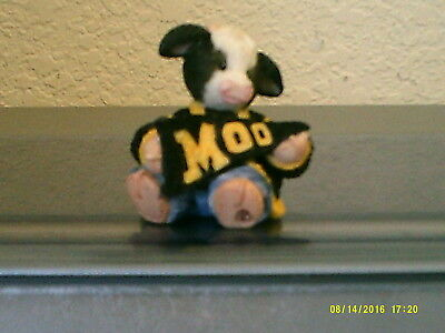 "Mary's Moo Small Cow with ""Moo"" pennant black/yellow  figurine FREE SHIP 1997"
