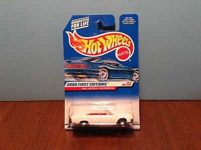 Hot Wheels 1964 Lincoln Continental #63 2000 First Editions White Convertible