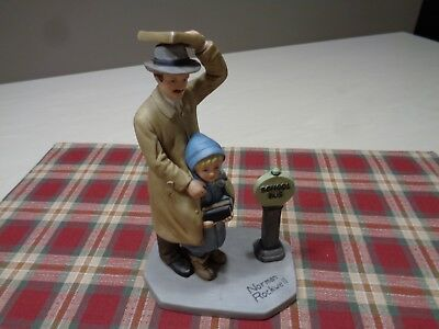 Norman Rockwell Figurines   Bus Stop