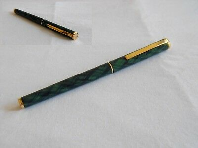 vintage fountain pen scheaffer targa slim cartridge green & black plaid fine nib