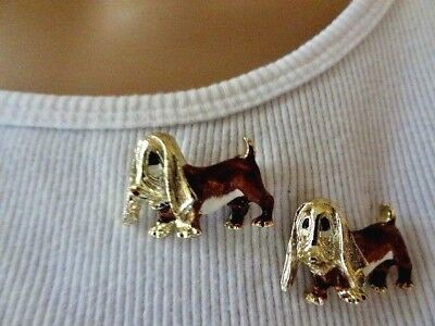 So Cute Vintage Basset Hound Dogs Enamel Details BROOCH Pin Set VGC HTF