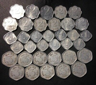 Old India Coin Lot - 1/2/3 PAISA - OLDER TYPES - 35 COINS - Lot #J22