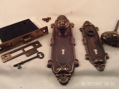 Antique Cast Brass Oval Door Knob Set  Y&T Mortise Lock Key   #736
