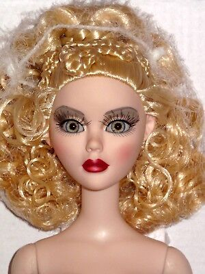 "Tonner Wilde - NUDE Sister Moon 18"" Evangeline Ghastly Fashion Doll"