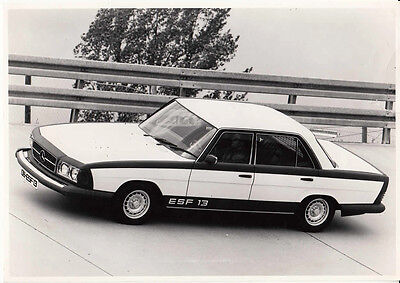 Mercedes Benz Experimental Safety Vehicle Esf13 Period Photograph.