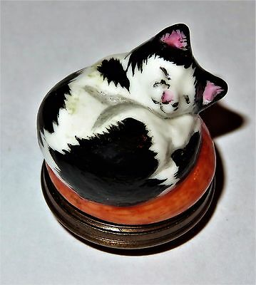 Halcyon Days Enamel Box - Small Sleepy Pussy-Cat Bonbonniere - Kitten - Kitty