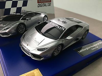 "Carrera Digital 132 30746 Lamborghini Huracan LP 610-4 Safety Car ""Blinklicht"""