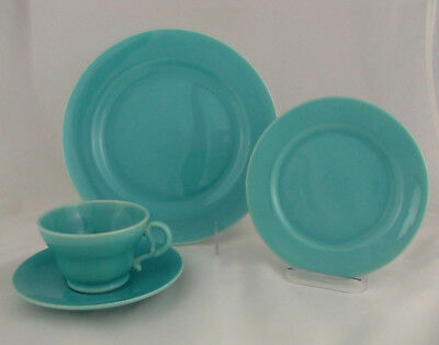 Gladding McBean El Patio Luncheon Place Setting in Glacial Blue, 4 pieces