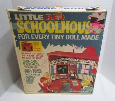 ORIGINAL EMPTY BOX ONLY for REMCO 1967 LITTLE RED SCHOOLHOUSE for HEIDI JAN PIP