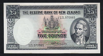 NEW ZEALAND P-160d. 5 Pounds (1967) Fleming signature. Last Prefix 12L.  UNC