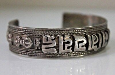Quality Antique Chinese 925 Silver Oriental Bangle 36 Grams