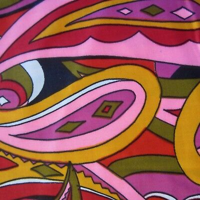 50cm x 93cm Vintage cotton fabric 1960s Psychedelic Paisley Pink Yellow Mod Sew
