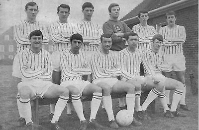 Collection Of #30 Gillingham Football Team Photos