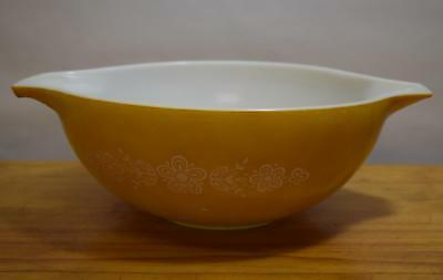 Large Vintage Pyrex #444 Cinderella Bowl 'Butterfly Gold' 4 Qt White on Mustard