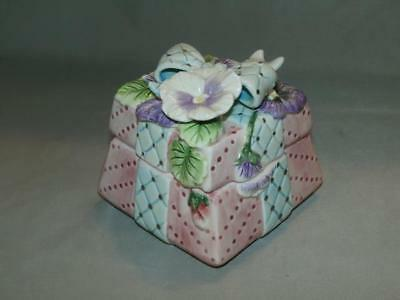 Fitz & Floyd Purple White Pansy Floral Bouquet Trinket Box Pink Blue Ribbon Bow