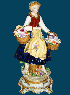 PORZELLANFIGUR Frau mit BLUMENKÖRBEN ca.31cm - young LADY with FLOWER BASKETS