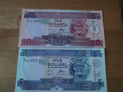 2 X Solomon Islands Banknotes 10 And 5 Dollars Unc