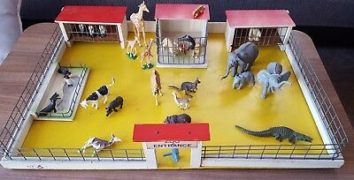 Toy Vintage Wooden Zoo Cages Board Base 61CM X 45CM +  britains animals