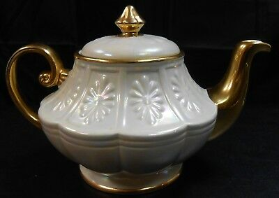Vintage Ellgreave Pottery Pearl Wedding And Teapot Lustre With Gilding     Pd