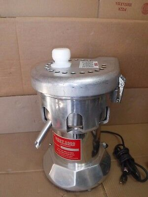 The Ruby 2000 Commercial Juicer 115V 3/4Hp