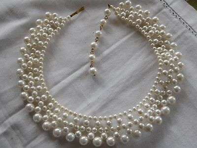 Lovely vintage 1960s Decorative Pearl COLLAR Necklace