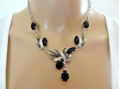 Elegant Vintage Black Glass Rhinestone Silver tone Choker Necklace