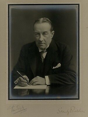 Collectors/Photograph/Photo/Print - Stanley Baldwin UK Prime Minister Signed