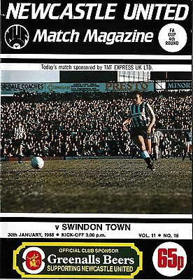 Football Programme>NEWCASTLE UNITED v SWINDON TOWN Jan 1988 FAC