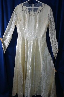 1940's Wedding Gown- Large -Cream Satin w/Lots of Lace- SALE