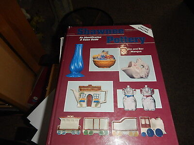 Antique reference book Shawnee Pottery ID and Price Guide Jim & Bev Mangus