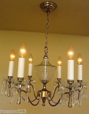 Vintage Lighting large Mid Century Italian made chandelier by Lightolier