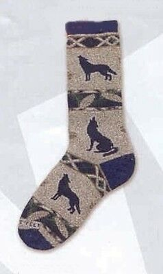 Adult Cushioned Socks Wildlife HOWLING WOLF Pinecone size Medium 6-11