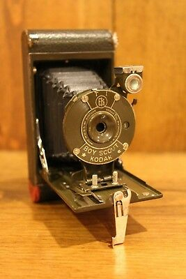 KODAK CAMERA VINTAGE BOY SCOUT 1930's RARE FOLDING CAMERA OLD VEST POCKET WCASE