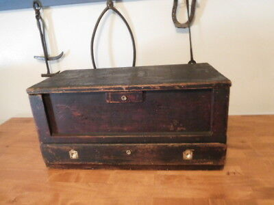 Old Vintage Craftsman Made Wooden Tool Box Farm Primitive Saw Chest with Drawer